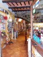 Bolsena 21 - Laden und Bar