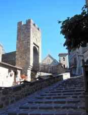 Bolsena 33 - Burg - Zugang 3